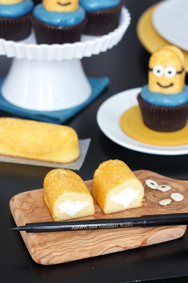 Minion Cupcakes 2022 copy