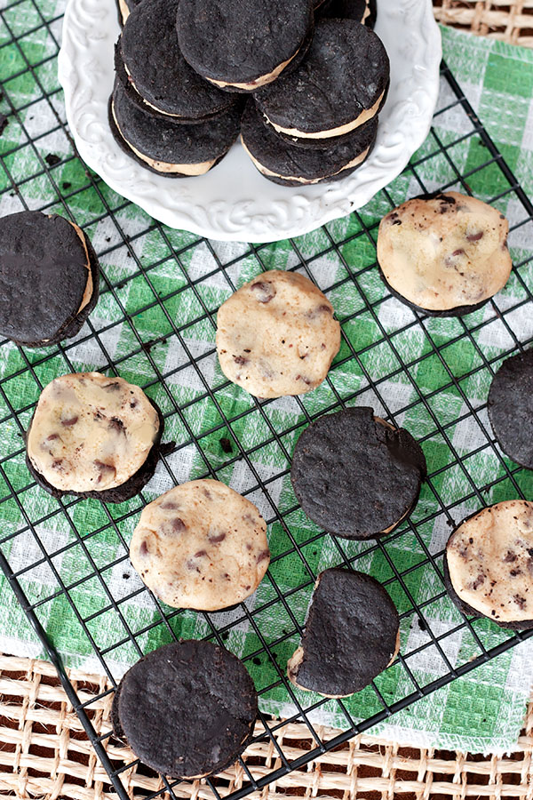 Vegan Cookie Dough Oreos 6183 copy