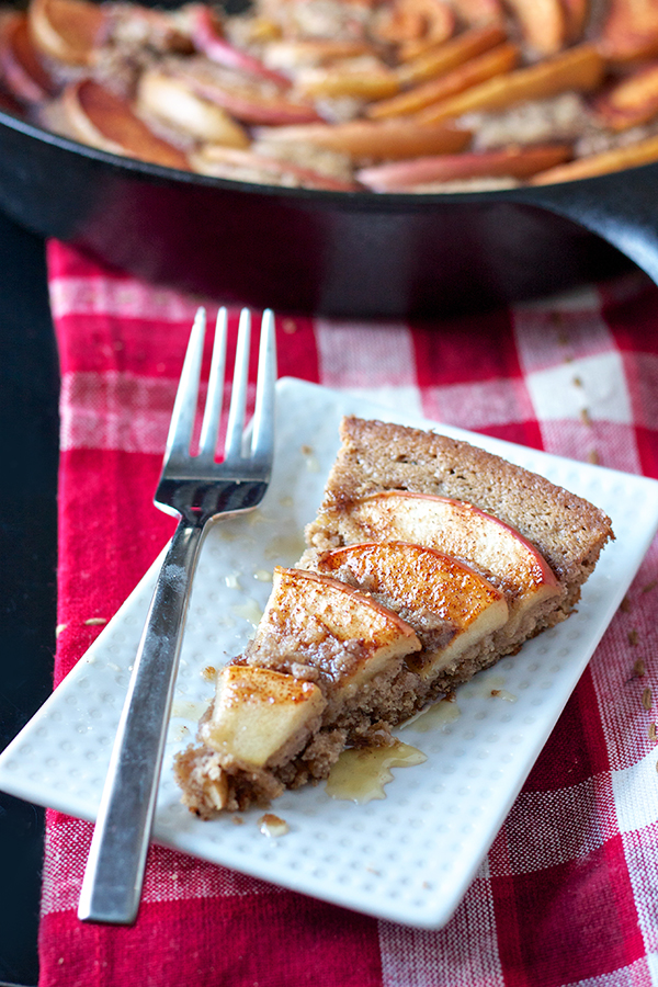 Cinnamon Apple Skillet Cake 8879 copy