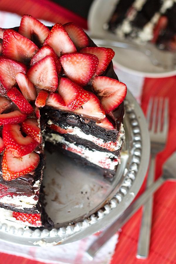 Strawberry Brownie Cake 11556 copy